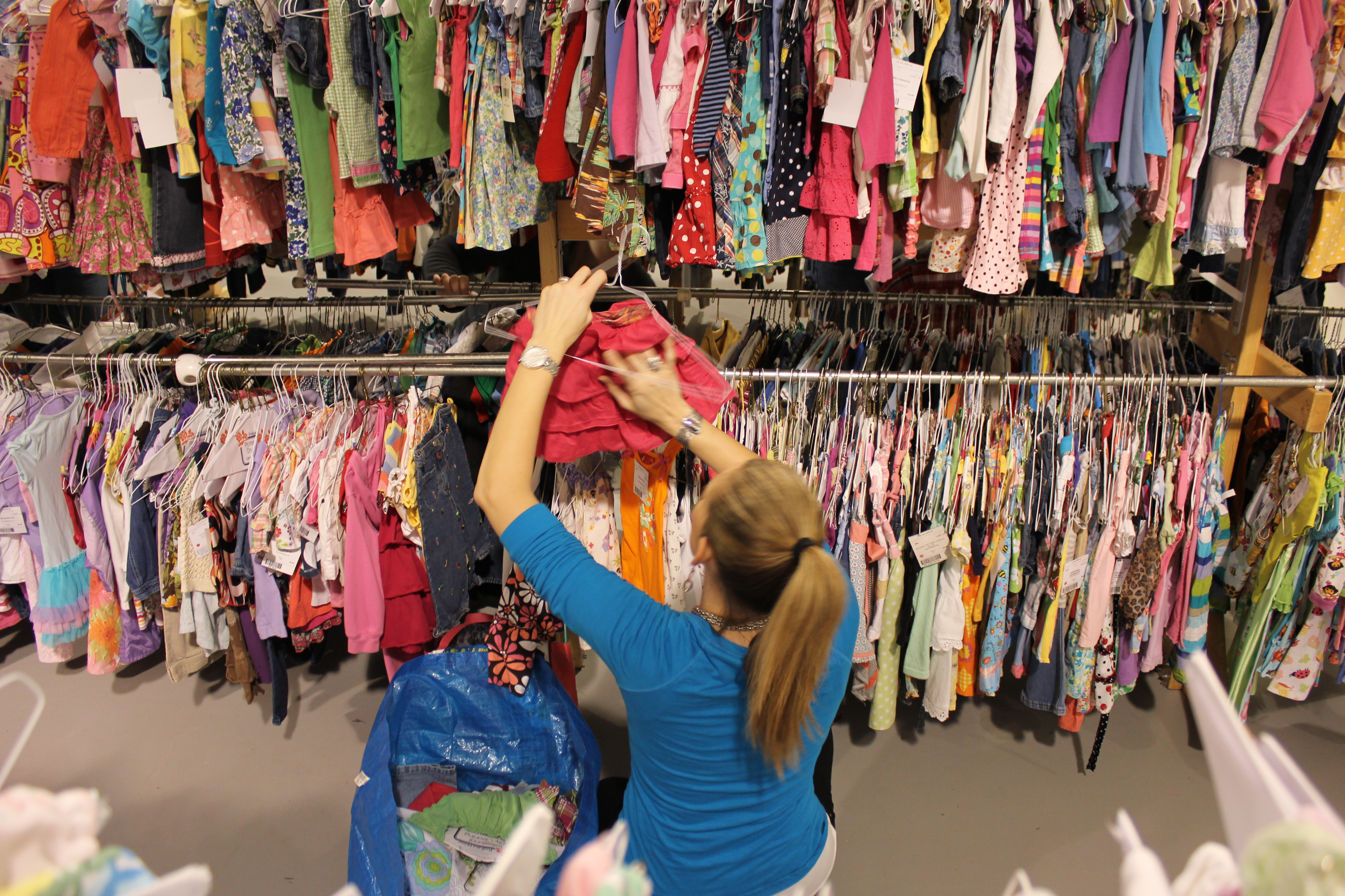 Shopper Girls Rack